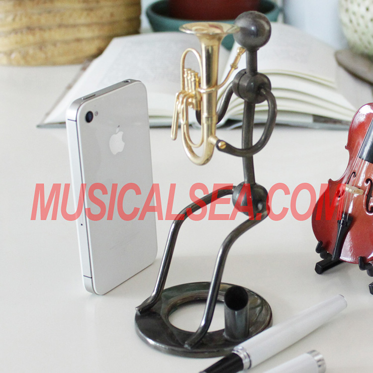 High quality brass figurine pen container for