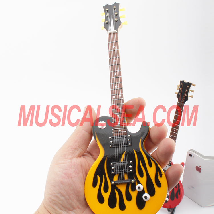 Miniature electric guitar for collection